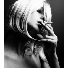 0decff503cca77da51bc5ead22a6fa44  sexy smoking women smoking