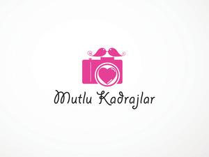 Mutlu kadrajlar logo2