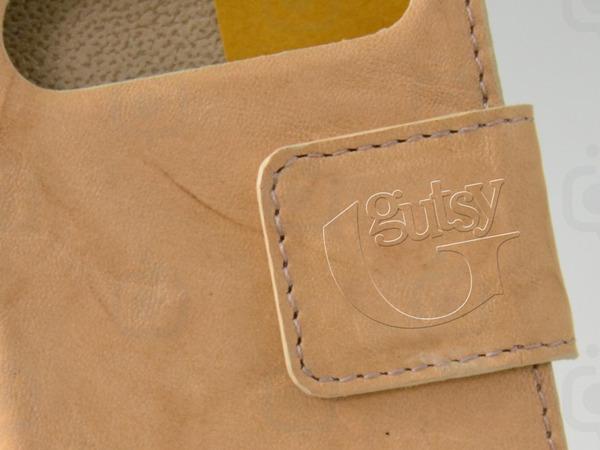Gutsy logo0501