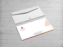 Piramit Logo Zarf Tasarımı