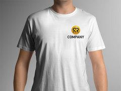 R Logo T-shirt Tasarımı