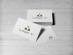 V Logo Kartvizit Tasarımı