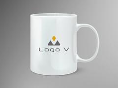 V Logo Mug Tasarımı