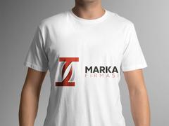 T Harfli Marka Logo T-shirt Tasarımı