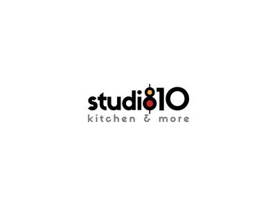Studio 810 02 01